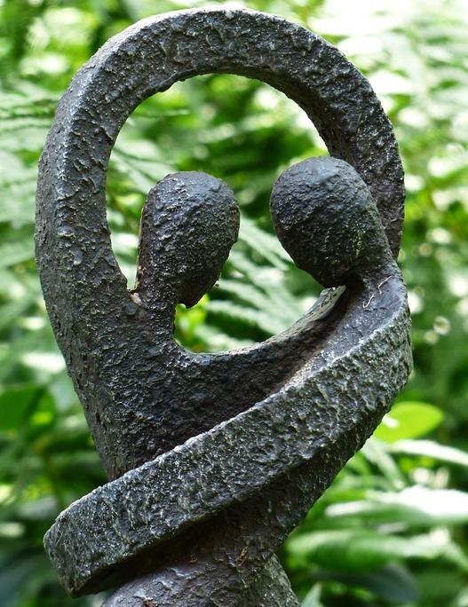 gartenfiguren aus stein